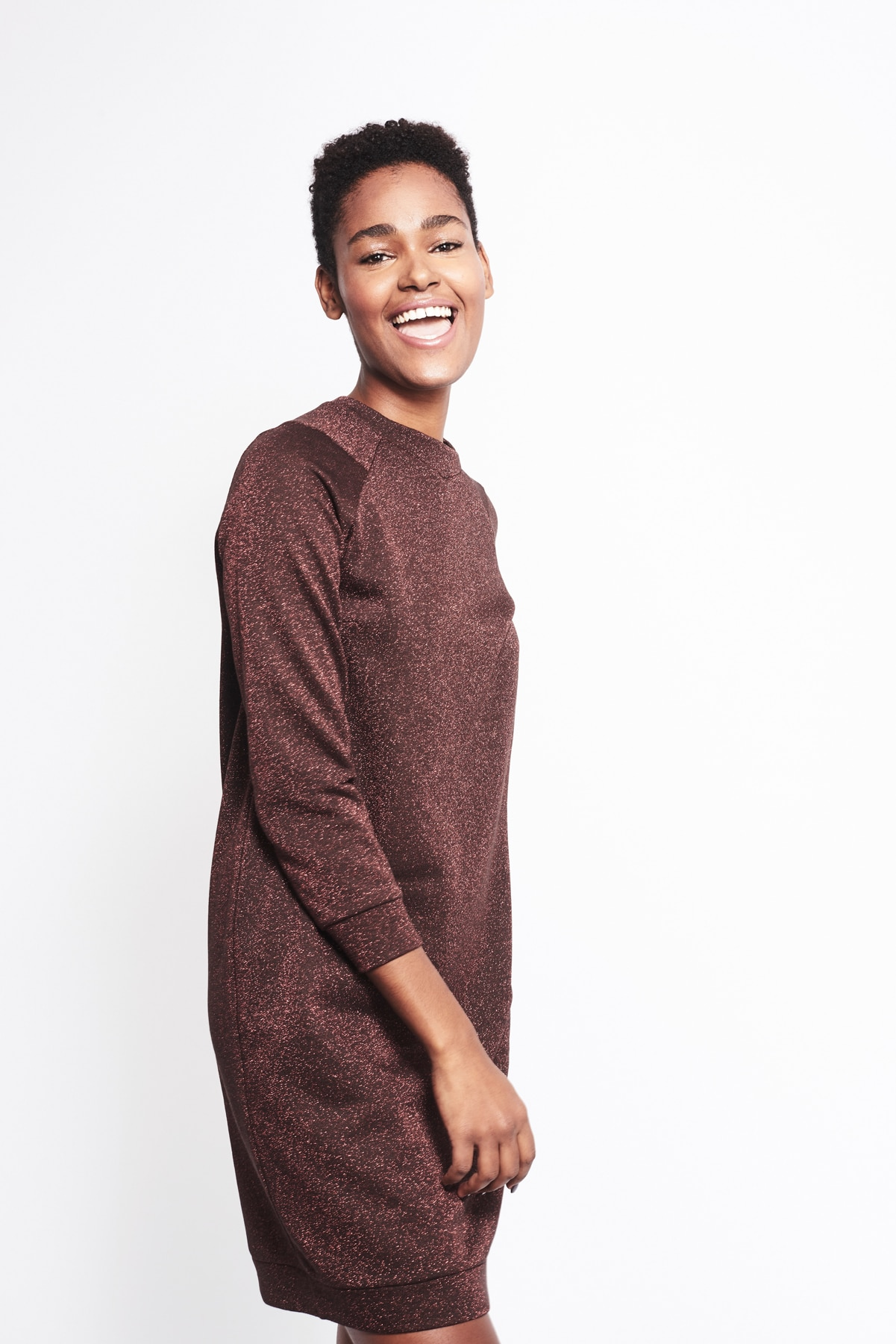 Kleid Sweater Louvre Glitzi (2)